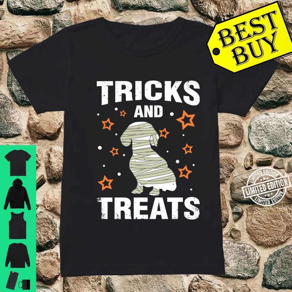 Treats & Tricks Dachshund Halloween Costume Mummy Shirt ladies tee