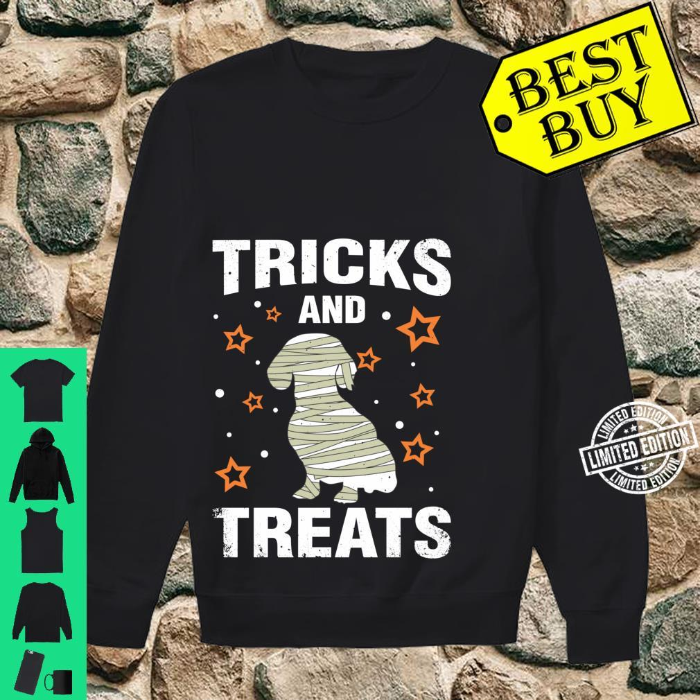Treats & Tricks Dachshund Halloween Costume Mummy Shirt sweater
